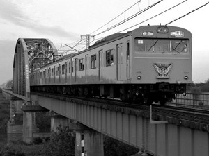 198510_103